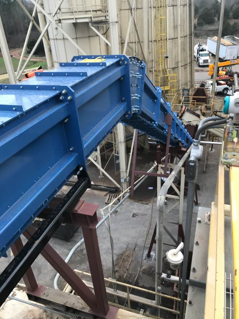 OSB conveyor - conveyor maintenance - drag chain conveyor maintenance