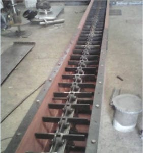 """Modern"" drag chain conveyor."